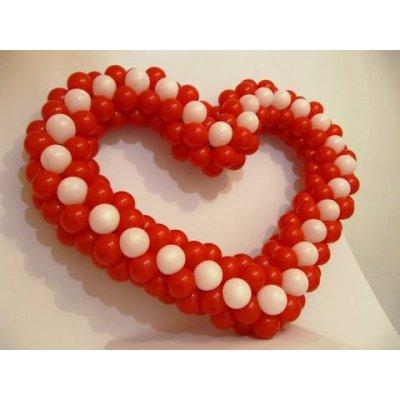 Арт.039 Сердце из шаров на каркасе